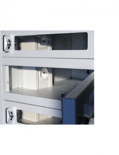 Casiers avec portes transparentes